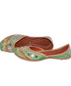 Green Designer Punjabi Jutti