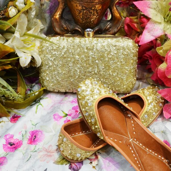 Golden Bridal Jutti